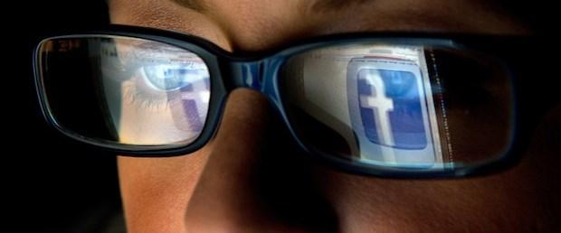 Facebook'un gizli kural kitabı