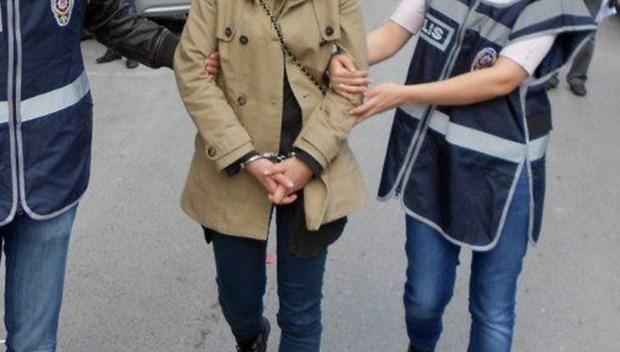 kadın gözaltı tutuklama.jpg