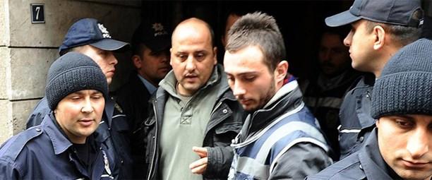 FT: Türkiye medyayı sindirmeye son vermeli