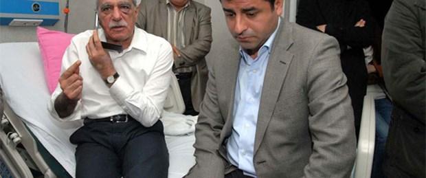 Gaz bombası Ahmet Türk'ü hastanelik etti