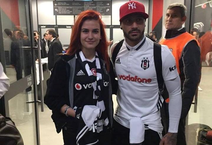 Ecem ve Beşiktaş'ın Portekizli oyuncusu Quaresma