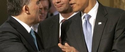 Gül ile Obama ayaküstü konuştu