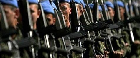Gül'den Askerlik Kanunu'na onay