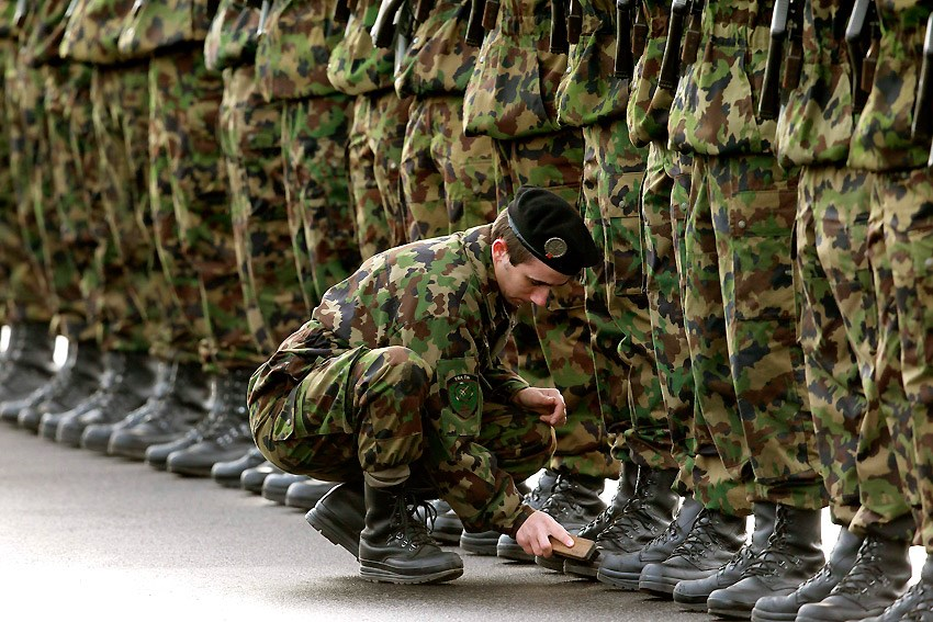 Картинки с надписями про солдат