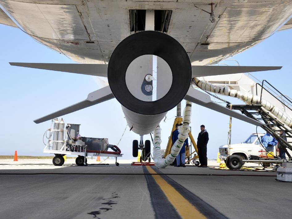 Pegasus XL roketi L-1011'e monte edilmiş halede. Fotoğraf: NASA.