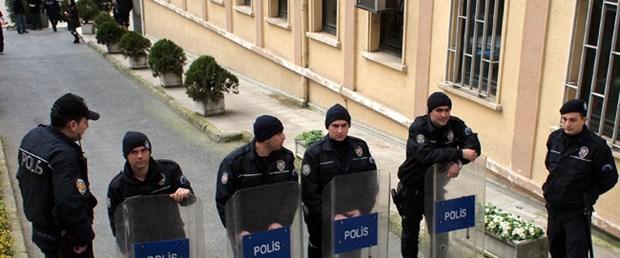 Hakim Karababa artık 'özel' değil