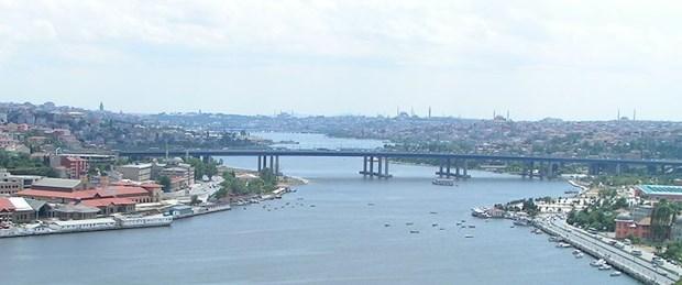 2839105800px-Istanbul_-_Pierre_Loti_Cafe_-_01.jpg