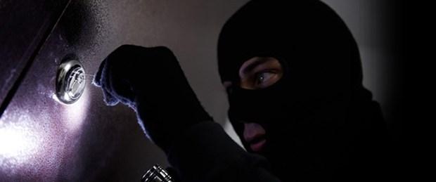 hırsız.jpg