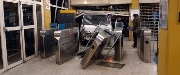 metro-kaza.jpg