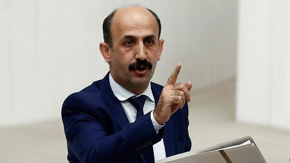 HDP Hakkari Milletvekili Nihat Akdoğan, Hakkari'de gözaltına alındı.