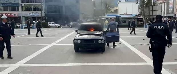 benzin-doktugu-aracina-binip-atese-verdi-son-anda-kurtuldu.jpg