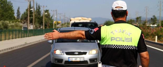 trafik polisi kontrol.jpg