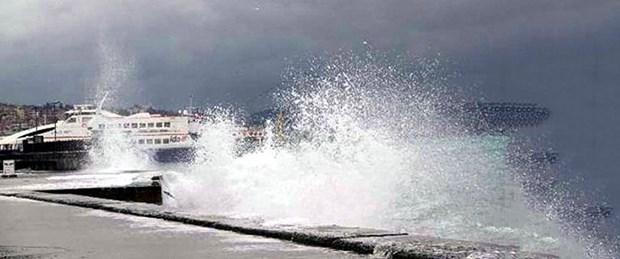 deniz otobüsü fırtına lodos arşiv.jpg