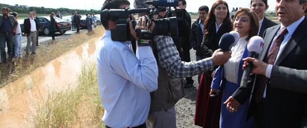 İki bakan Bismil yolunda kaldı