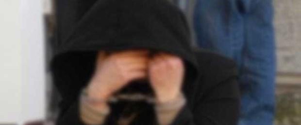 İki kızını boğarak öldürmekten tutuklandı