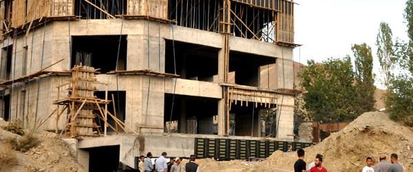 Irak ilk sırada, Suriye durma noktasında