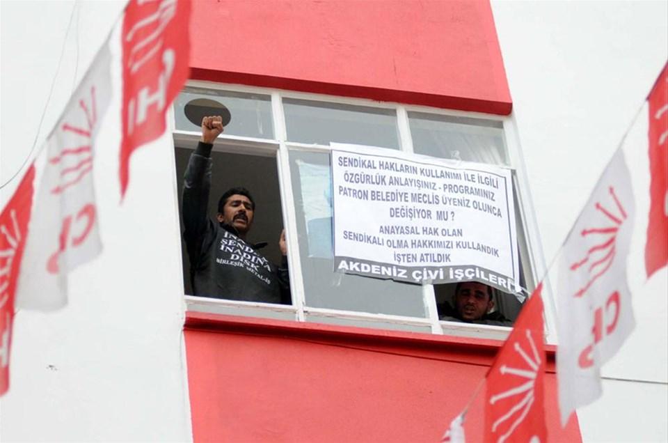 İşçiler CHP'yi işgal etti