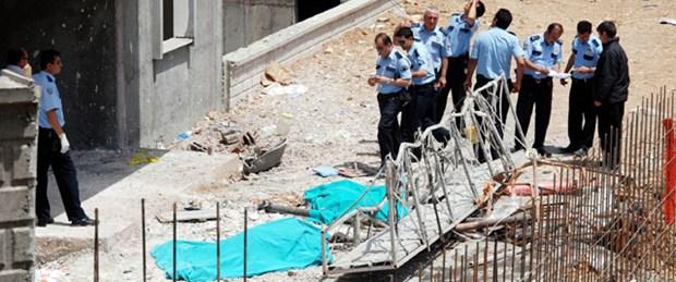 İskele çöktü: İki işçi öldü