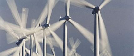 """İskoçya'nın hedefi """"yenilenebilir enerji"""""""