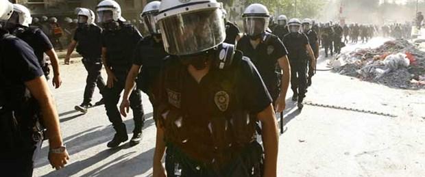 'İstanbul polisinde tayin ve izinler ertelendi'