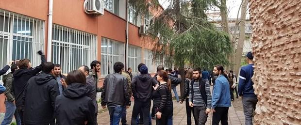 istanbul-universitesinde-kavga-22-gozalti.jpg