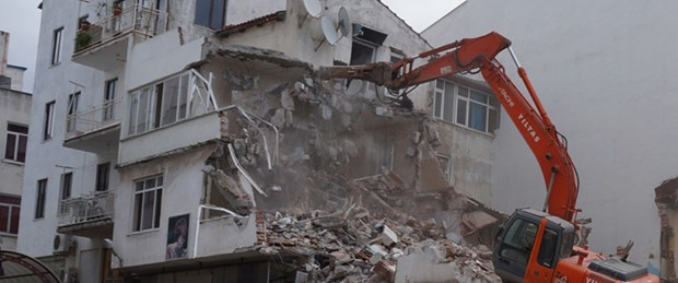 İstanbul'da 2 bin 243 bina risk altında