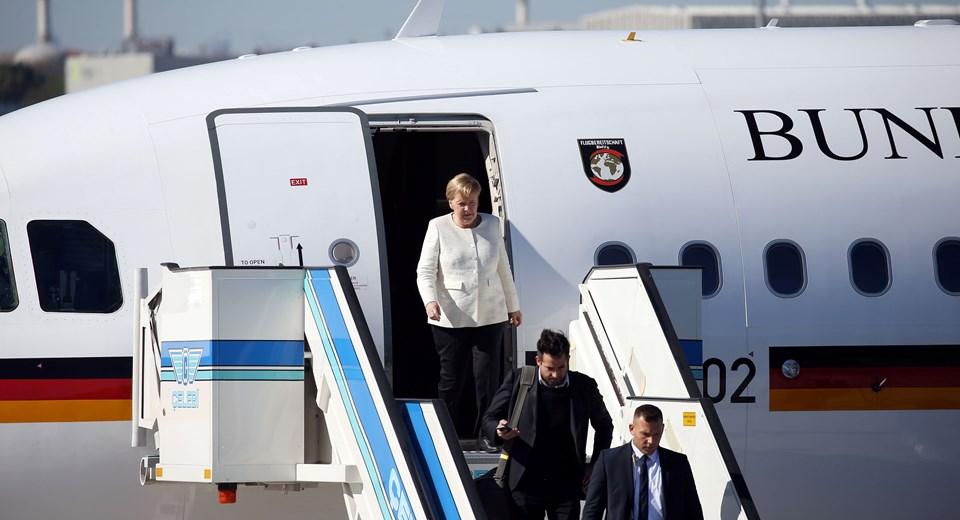 Dörtlü zirve için İstanbul'a gelen isim Almanya Başbakanı Angela Merkel oldu.