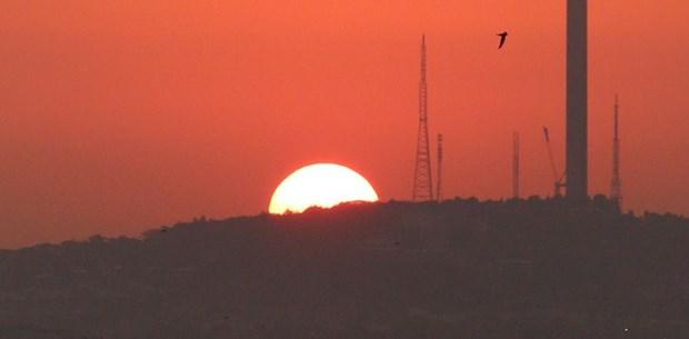 İstanbul'da gün doğumunda görsel şölen