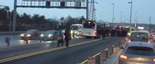 metrobüs yolu kaza.jpg