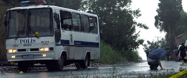 İstanbul'da polis servisine bomba: 15 yaralı