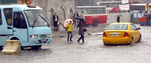 İstanbul'da yaz yağmuru can aldı