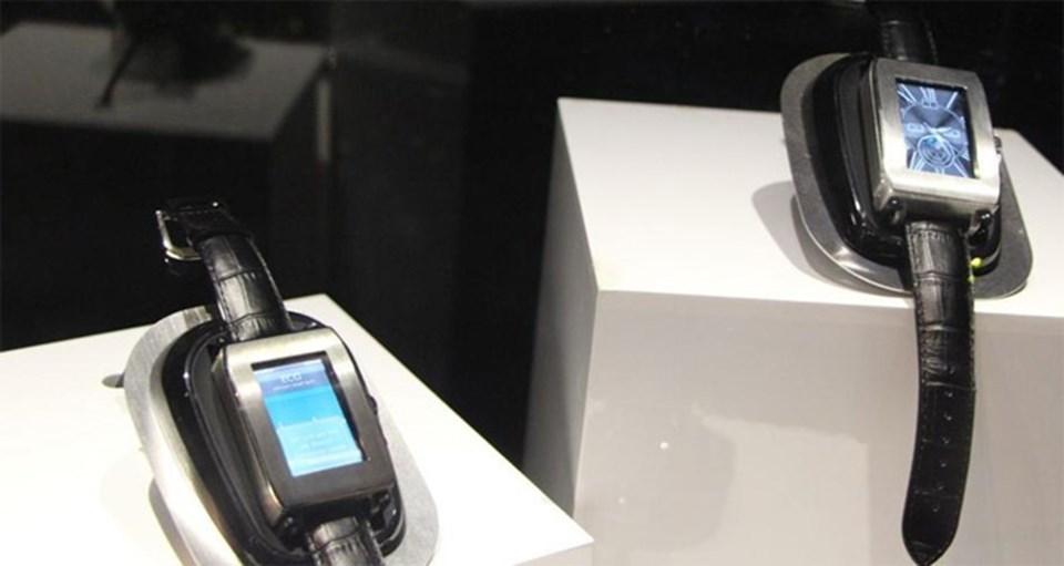 Toshiba'nın sunduğu akıllı saat.