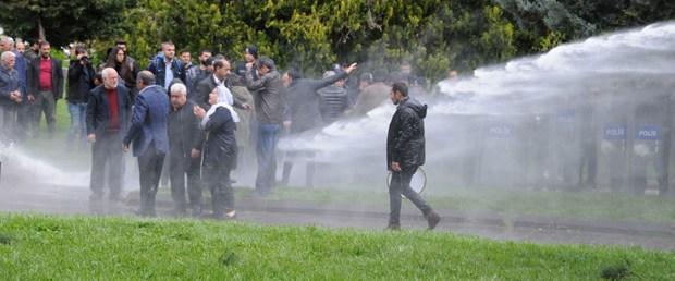 hdplilerin-izinsiz-eylemine-polis-mudahalesi-milletvekili-yaralandi.jpg