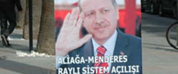 İzmir'de afiş krizi