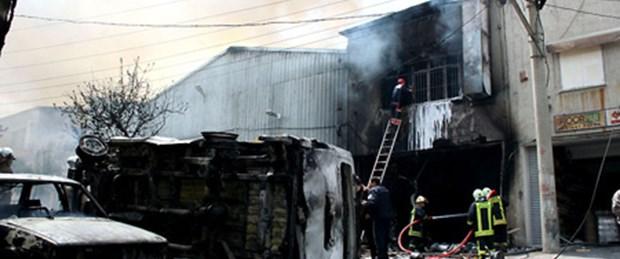 İzmir'de kapı imalathanesinde patlama