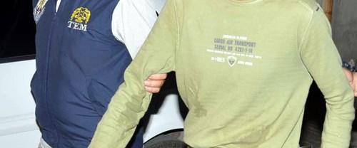 İzmir'de şüpheli paketler bırakan kişi yakalandı