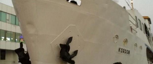 İzmir'de vapur kazası