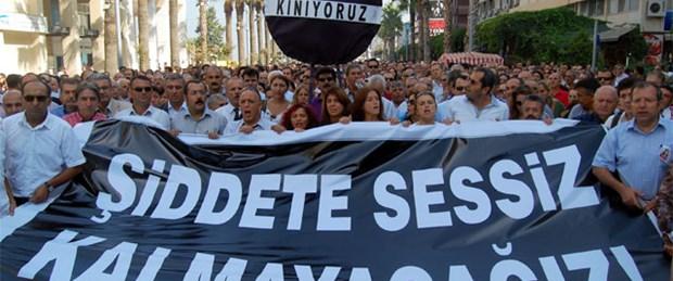 İzmirliler Rabia Öğretmen için yürüdü