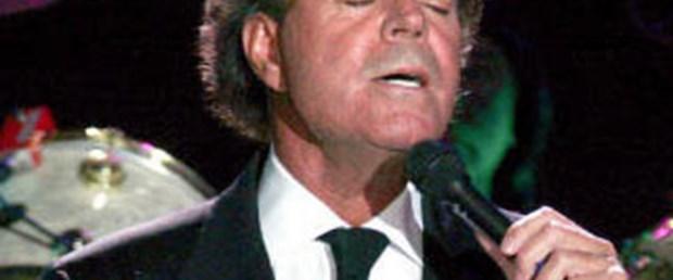 Julio Iglesias, 22 Temmuz'da İstanbul'da