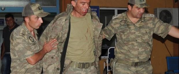 Kaçakçıların attığı taş yaraladı