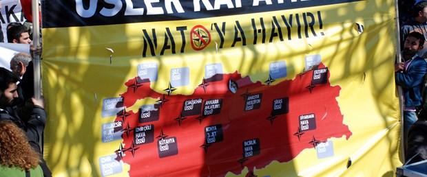 Kadıköy'de 'NATO'ya Hayır' protestosu