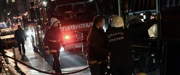 kadıköy-yangın-23-03-15