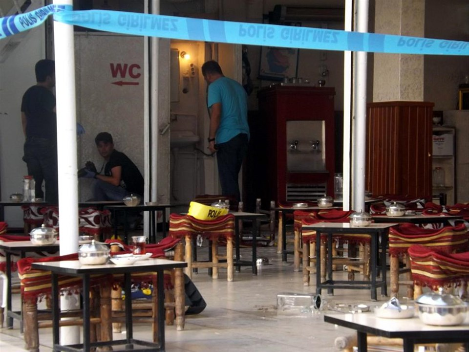 Kahvehanede aile kavgası: 2 ölü