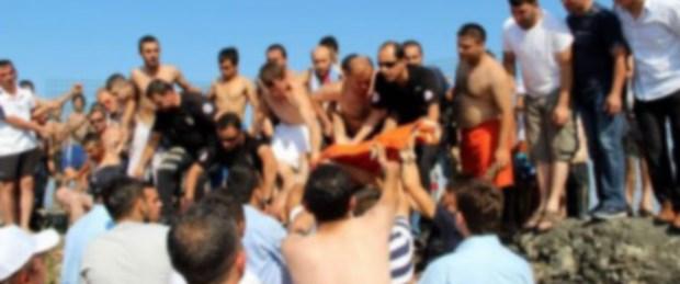 Kalp krizi sendikacıyı denizde yakaladı