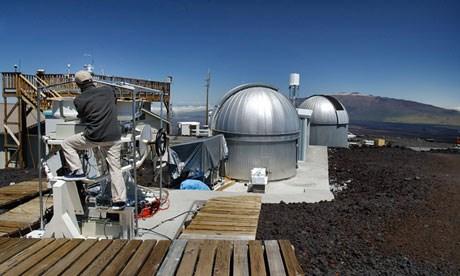 Mauna Loa'daki NOAA tesisi.