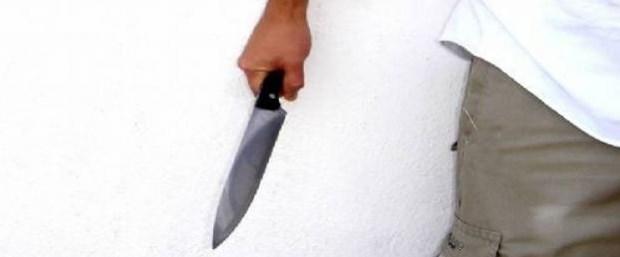 Aile hekimine bıçaklı saldırı anı.jpg