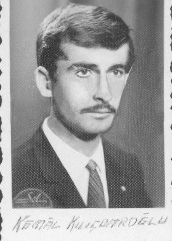 Kılıçdaroğlu eski fotoğraflarını yayınladı