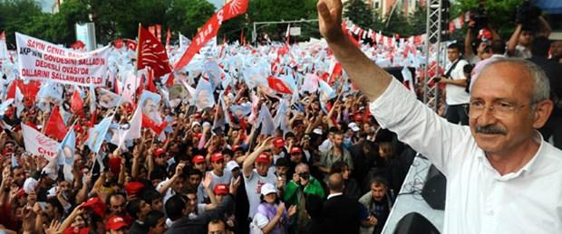 Kılıçdaroğlu Sosyalistlerin başkan yardımcısı