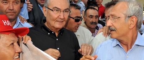 Kılıçdaroğlu ve Baykal sahneye çıkıyor