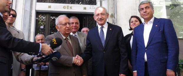 chp-lideri-kilicdaroglundan-husamettin-cindoruka-ziyaret.jpg